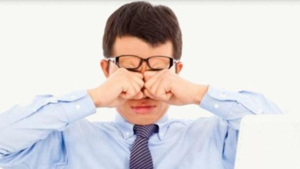 حكة العين أسبابها وأعراضها وطرق علاجها